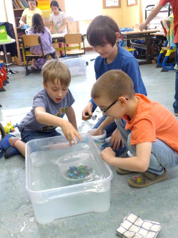 Kinder in der Evangelischen Volksschule Leopoldstadt